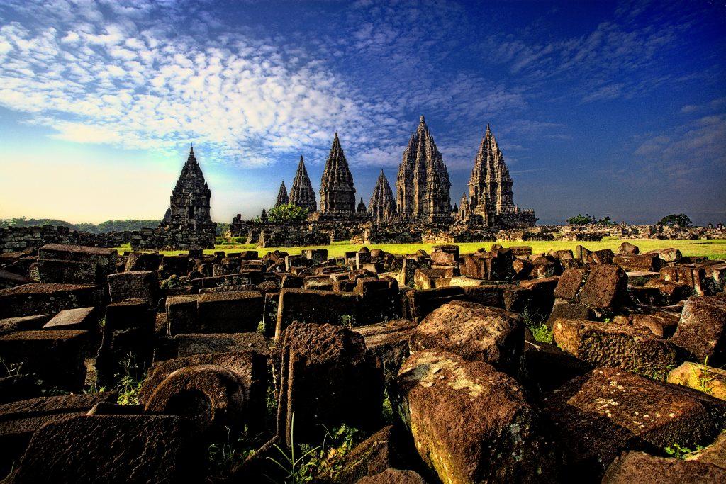 5 Tempat Wisata Di Yogyakarta Yang Wajib Dikunjungi Reservasiku Com