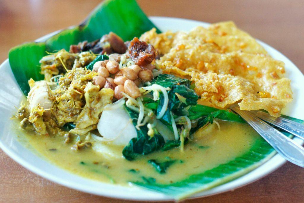 Tipat Blayag Khas Bali
