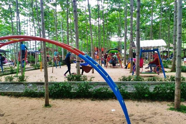 Wisata Hammock di Bukit Dhoho Indah Kediri