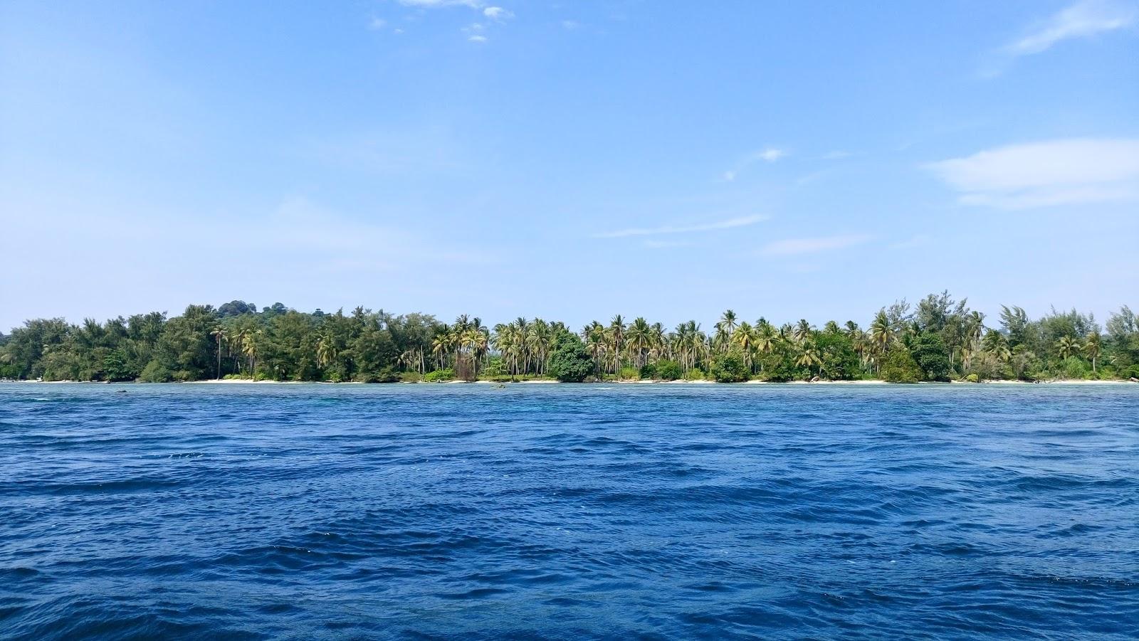 Wisata Ke Pulau Sangiang