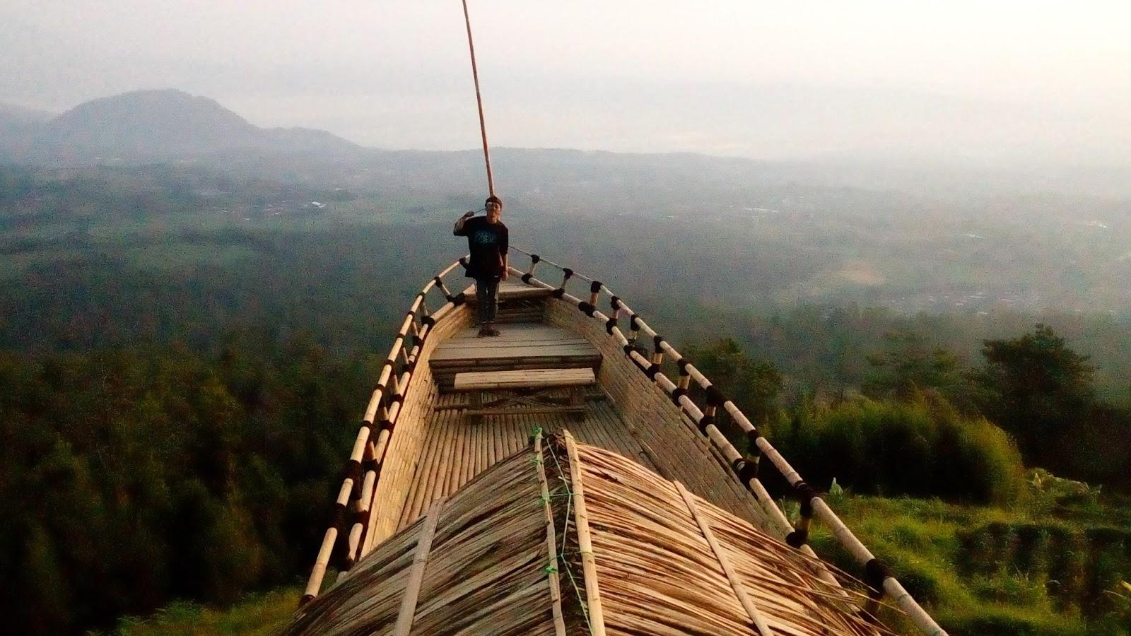6 Gardu Pandang Yang Lagi Hits di Indonesia