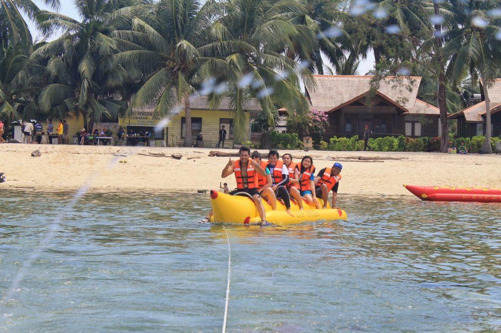 Banana Boat Di PUlau Derawan