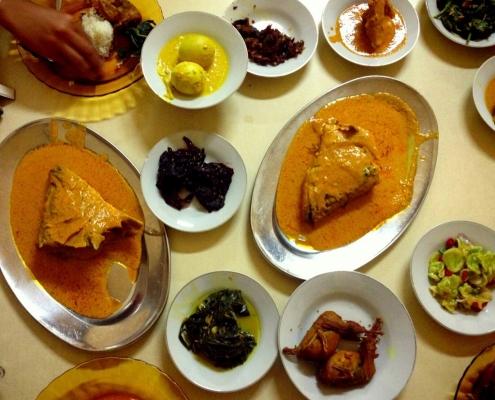 Berburu Kuliner Gulai Kepala Kakap Di Jakarta