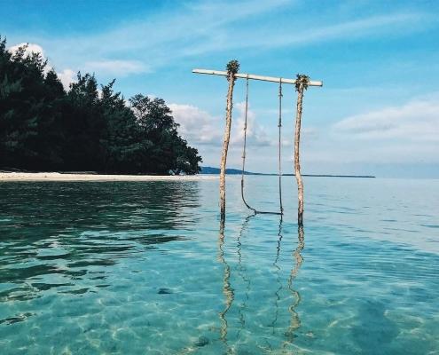 Pantai di Pulau Karimun Jawa