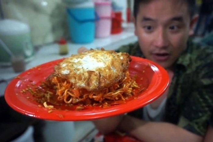 Ben Makan Indomie Pedas Mampus Jakarta