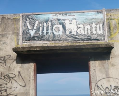 Vila Hantu Kawasan wisata Lombok