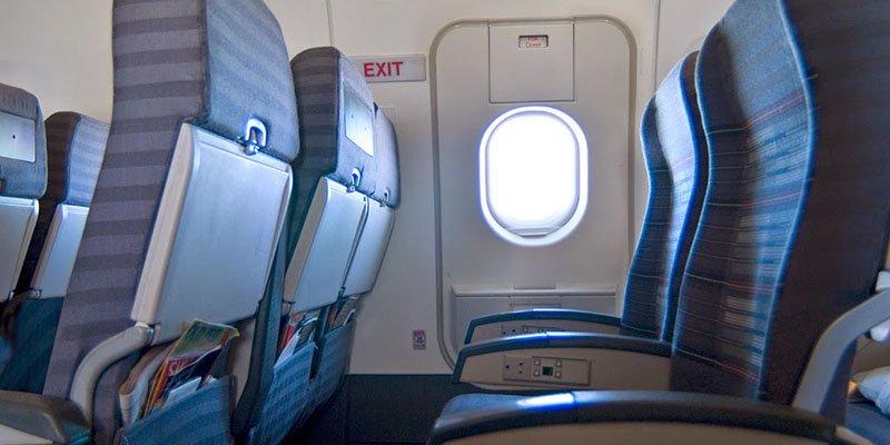emergency door di pesawat