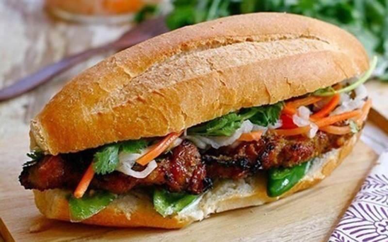 Makanan Khas Vietnam BANH MI