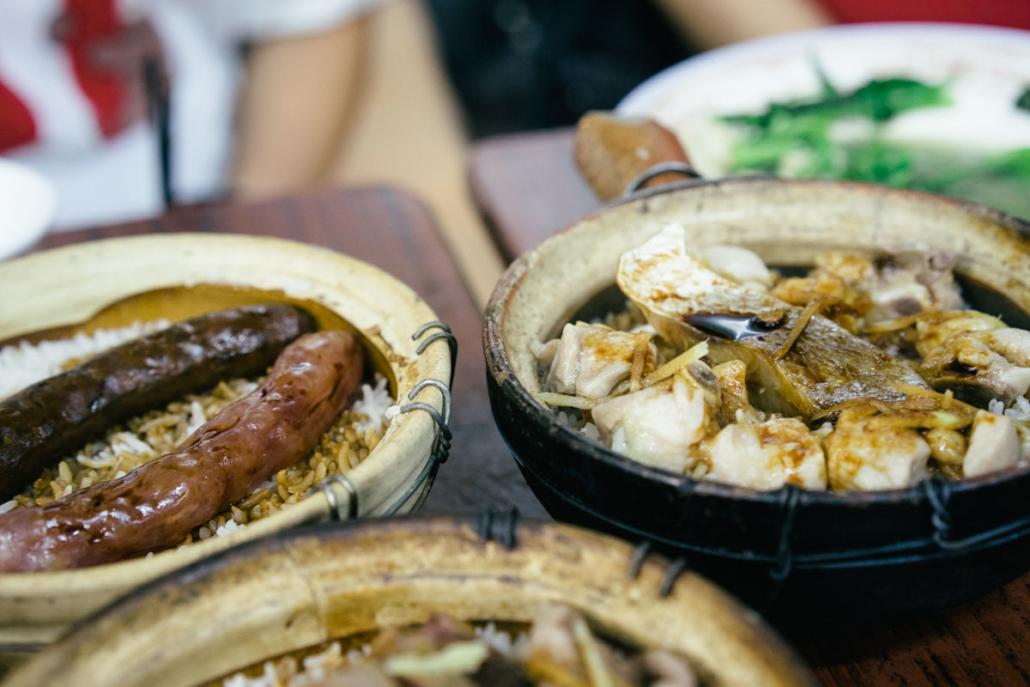 Wisata Kuliner Hongkong Nasi Tungku Tanah Liat