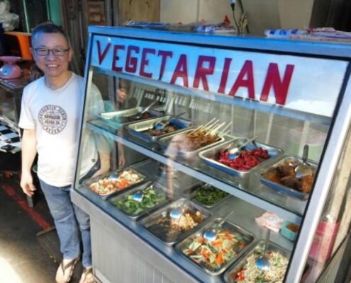 warung makan vegetarian di jakarta