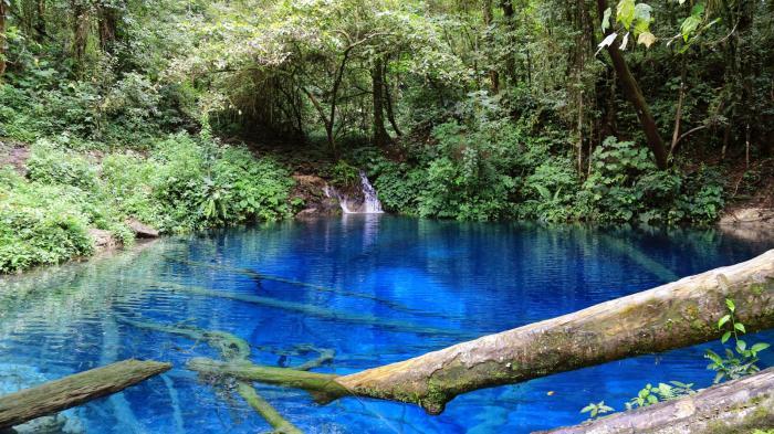 8 Tempat Wisata Anti-Mainstream Yang Wajib Kamu Kunjungi Di Indonesia