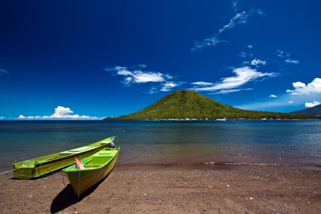 Wisata Indonesia Timur Ke Kota Tidore Surga Rempah-Rempah Dan Wisata Alam