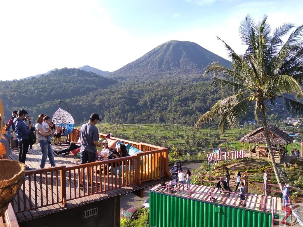 Menikmati Keindahan Wisata Valentine Hill di Kota Bunga Tomohon Sulawesi Utara