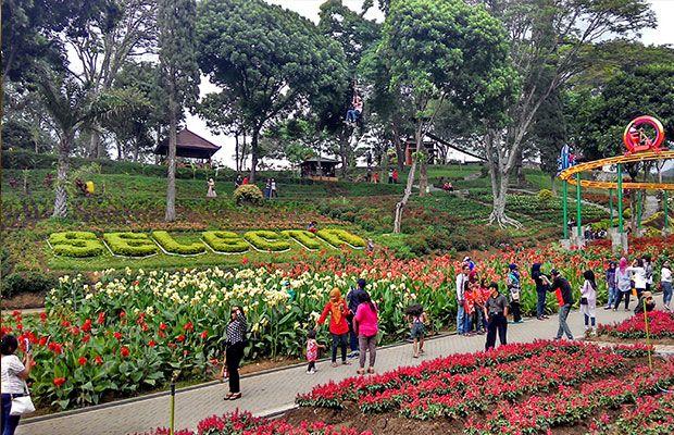 7 Destinasi Wisata Valentine Dengan Latar Belakang Simbol Cinta Di Indonesia