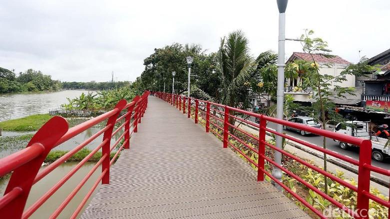 Taman Kota Sungai Cisadane
