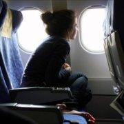 duduk saat di pesawat