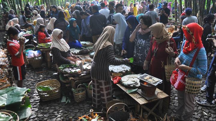 Mencicipi Hidangan Kuliner Khas Solo Lengkap Hingga Ribuan Porsi Di Indonesia Culinary Festival