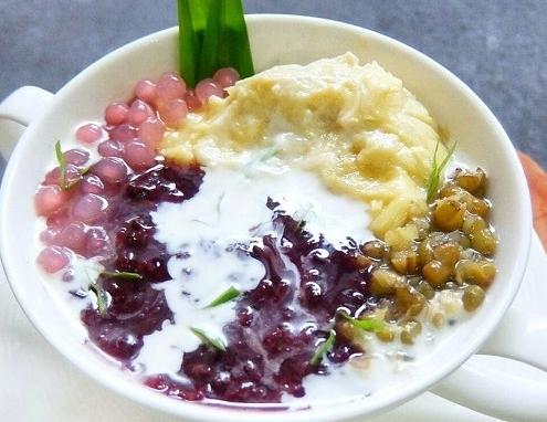 Mencicipi 5 Hidangan Takjil Kuliner Khas Sumatera Barat Yang Lezat Dan Nikmat