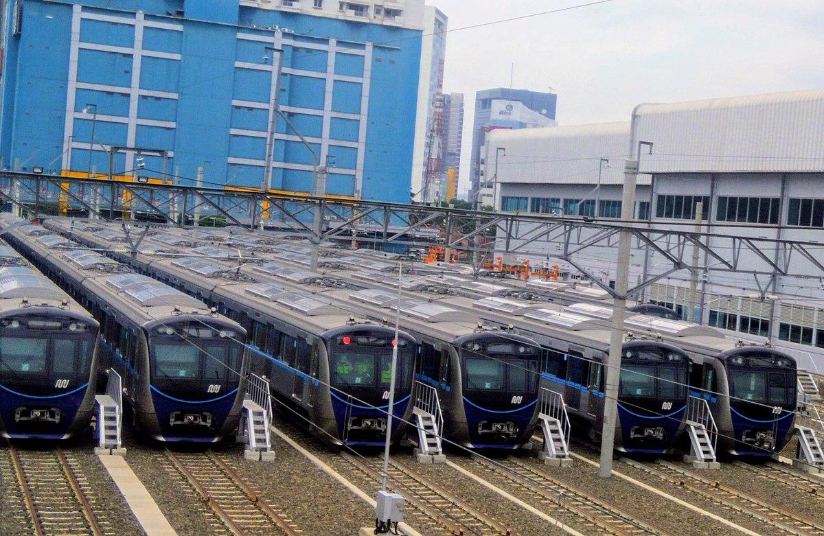 5 Tips dan Panduan Berpergian Nyaman Saat Menaiki MRT Jakarta