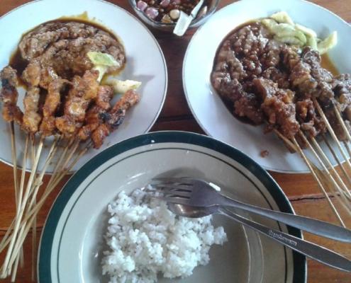 Mencoba Lezatnya 5 Wisata Kuliner Pangandaran Yang Menggoyangkan Lidahmu