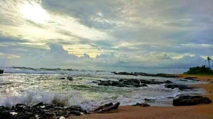 Menemukan 7 Lokasi Wisata Pantai Jawa Yang Eksotis Dan Mengagumkan 2