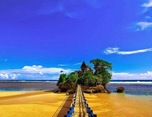 Menemukan 7 Lokasi Wisata Pantai Jawa Yang Eksotis Dan Mengagumkan 6